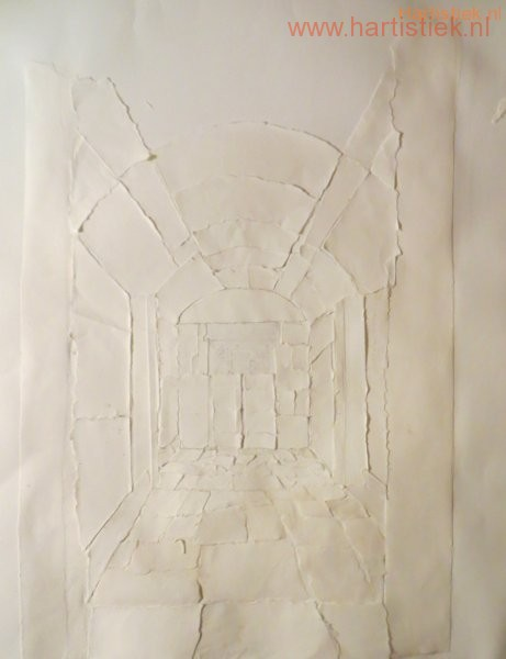 de start met papier scheuren en plakken